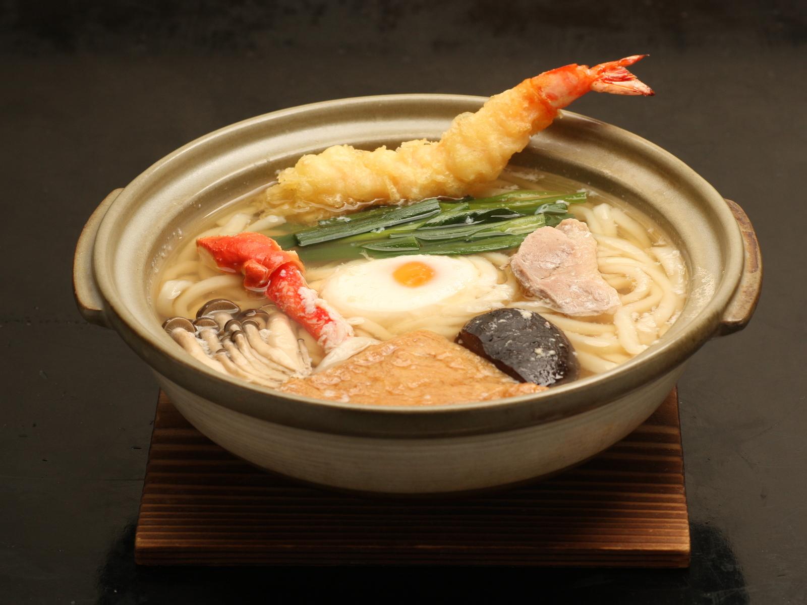 江頭さんのオススメは、鍋焼きうどん